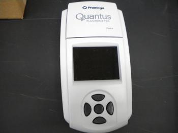 Picture of Quantus Fluorometer